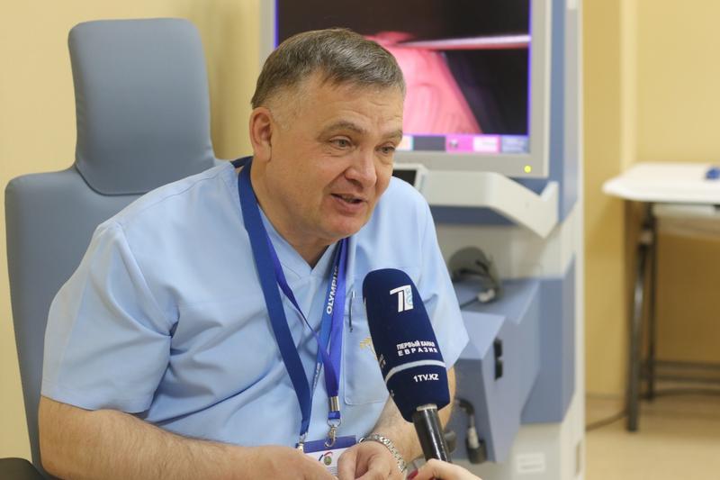 2018.11.14 Назарбаев роботизированная хирургия 5