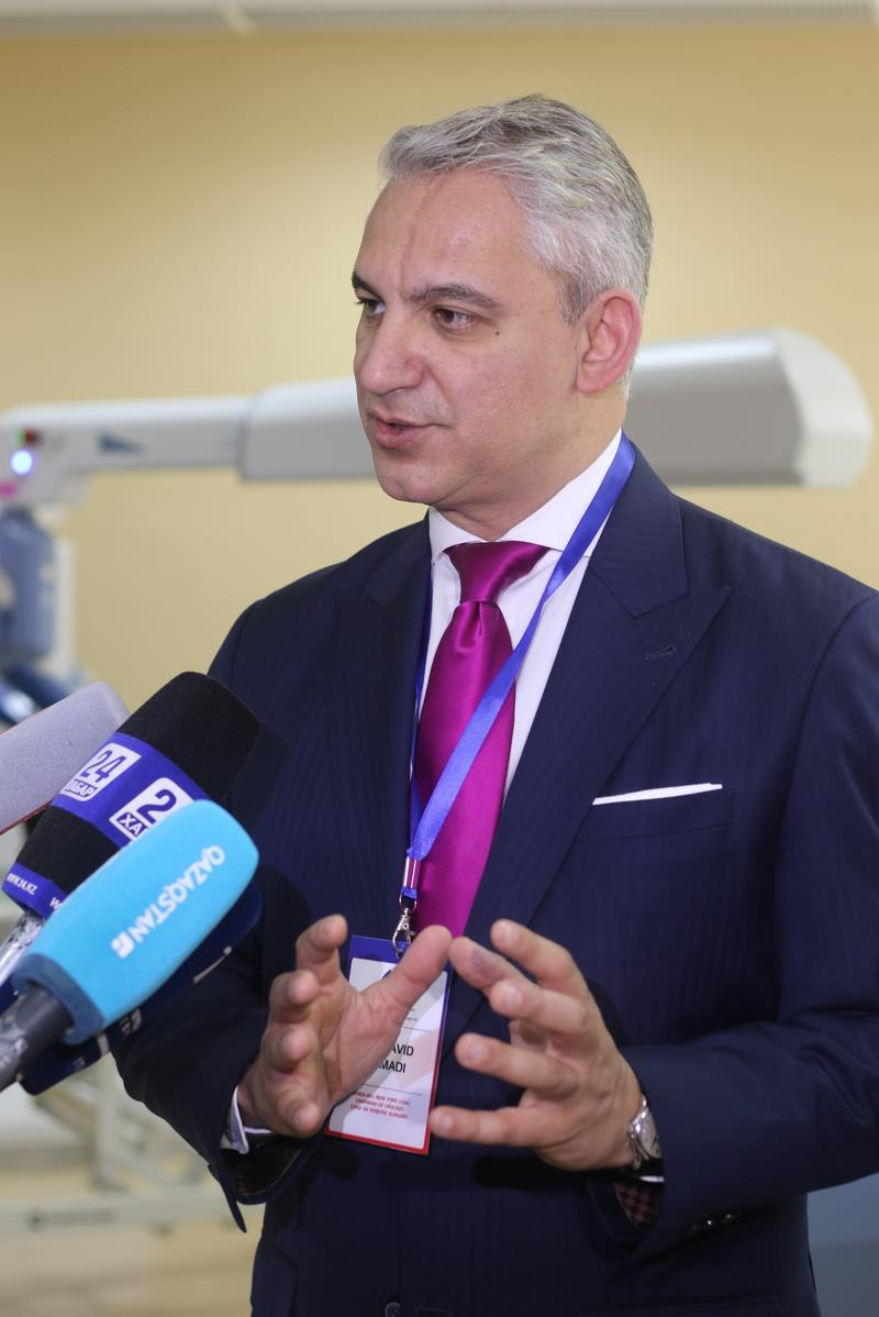 2018.11.14 Назарбаев роботизированная хирургия 8
