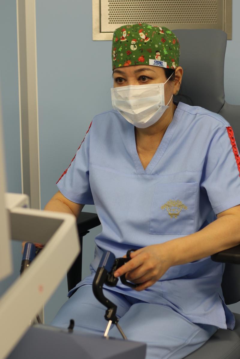 2018.11.14 Назарбаев роботизированная хирургия 4
